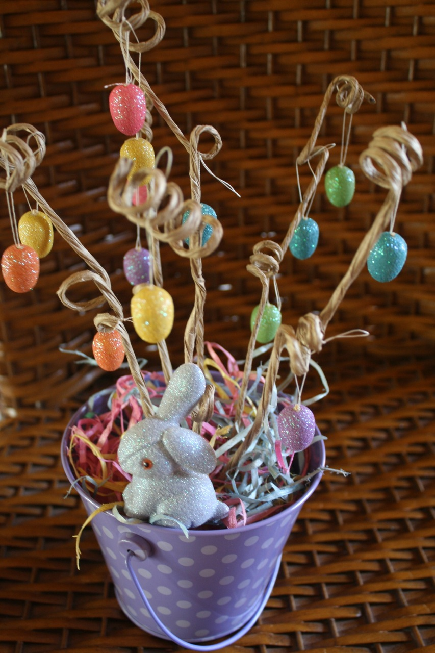 Diy easter egg tree happyandsimple How to make an easter egg tree