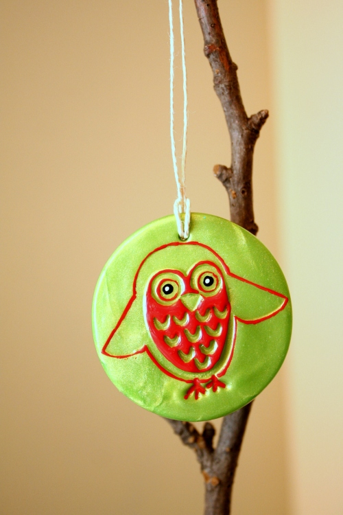 owlornament greenred2