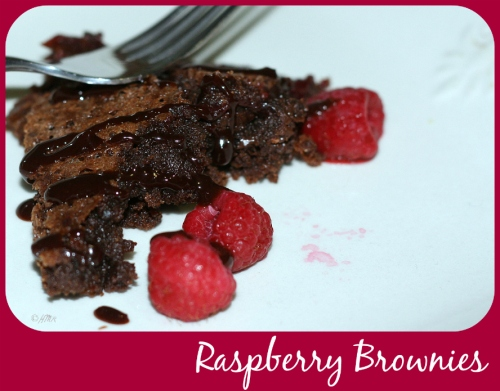 gooe raspberry brownie recipe (whole grain!)